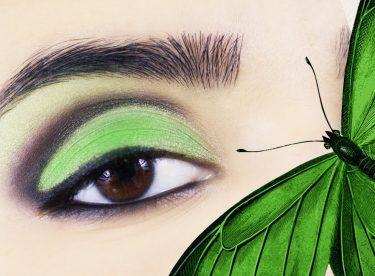 Dumanlı Yeşil Göz Makyajı