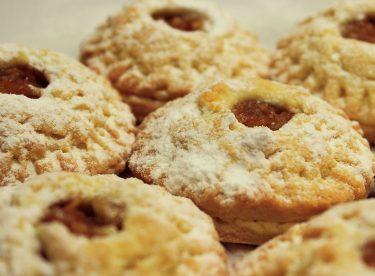 Elmalı Kurabiye Tarifi – Evde Cevizli Pastane Tatlı Kuru Pastaları