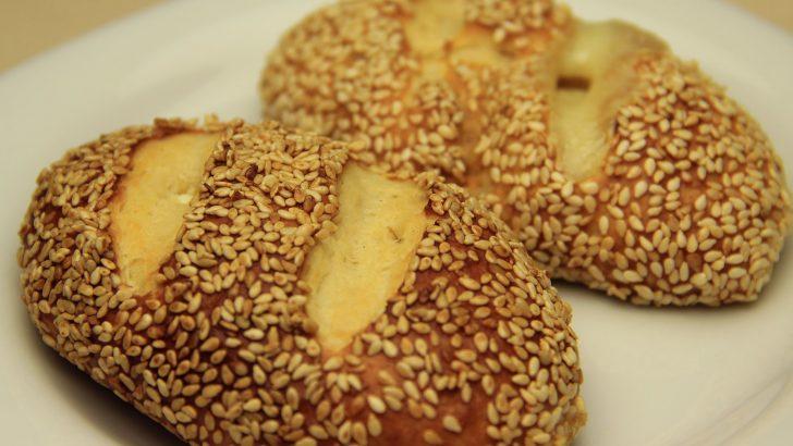 Kaşar Peynirli Simit Poğaça Tarifi – Mayalı Susamlı Poğaça