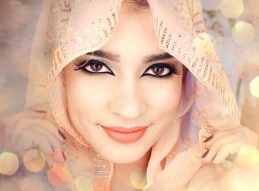 Kullanılabilir Arap Makyajı