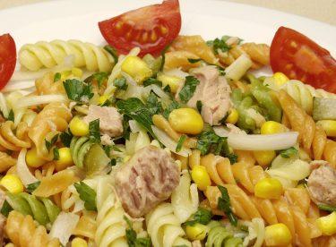 Makarna Salatası Tarifi   Ton Balıklı Makarna
