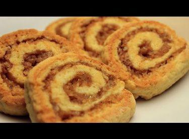Rulo Elmalı Kurabiye Tarifi – Ağızda Dağılan Tarçınlı Cevizli Kuru Pasta