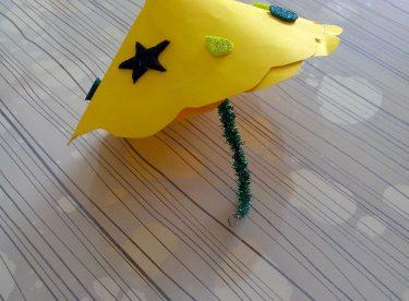 Renkli Kartonlardan Şemsiye Yapımı
