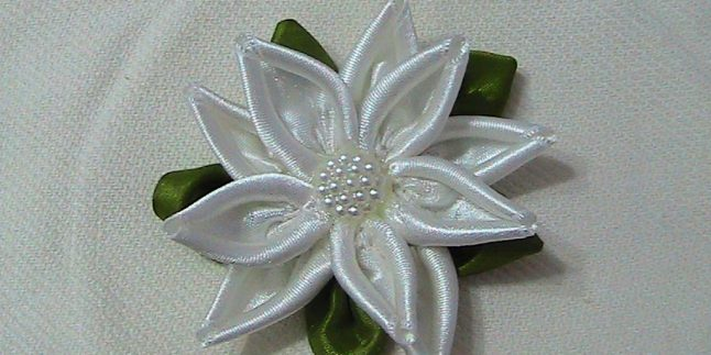 Nilüfer Çiçeği Yapımı – Havlu Kenarı