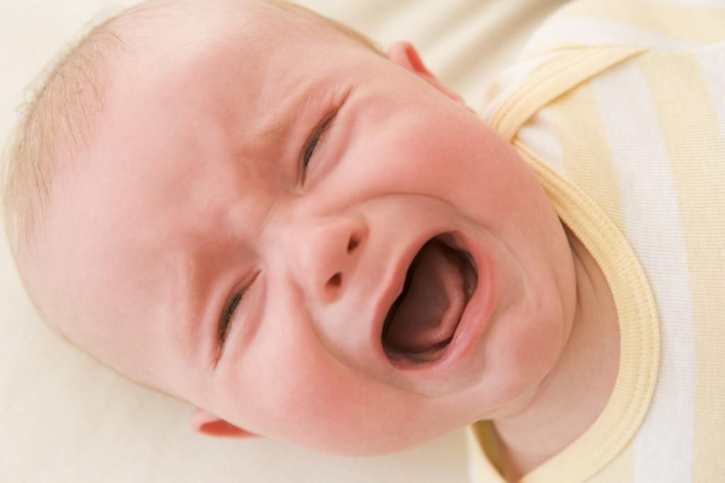 bebek-aglaması