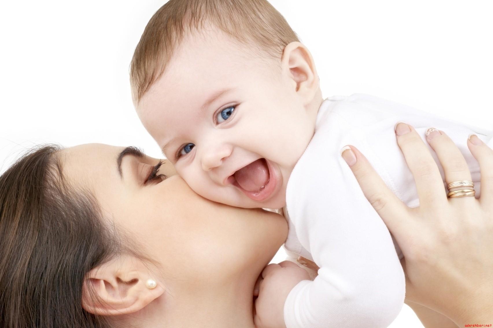 bebek-ve-anne-iletişimi