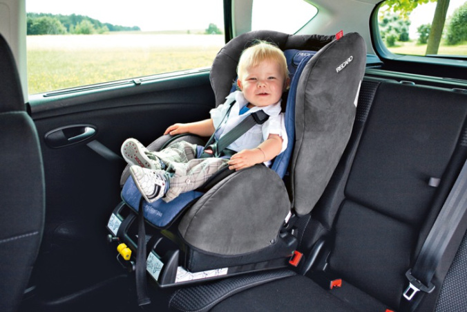 bebek-oto-koltugu
