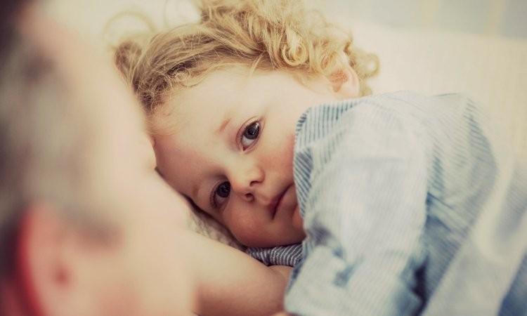 bebeklerde-uykusuzluk