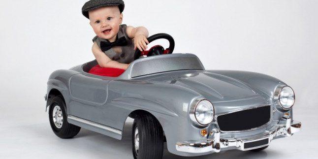 Küçük Şoförler İçin Akülü Arabalar