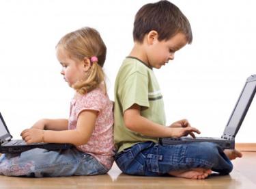 Teknoloji İle Çocuk İlişkisi