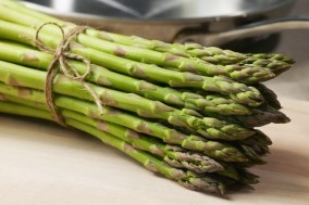 Bunch of asparagus --- Image by © Nation Wong/Corbis