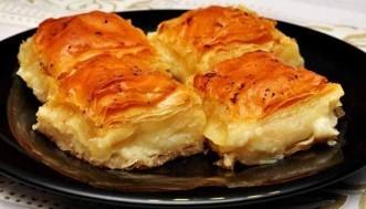 kolay laz böreği tarifi1