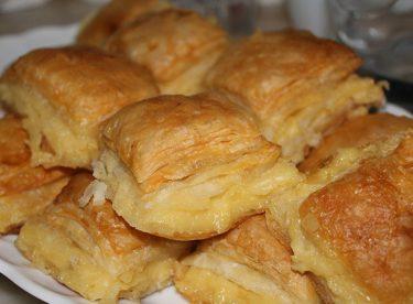 Kolay Laz Böreği Tarifi