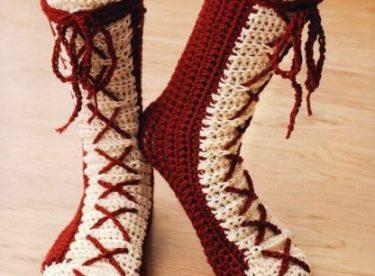 Çizme Şeklinde Örgü Çorap Modelleri