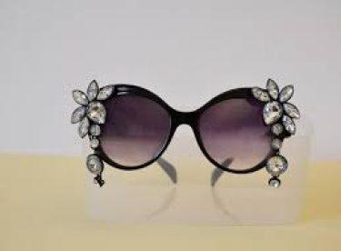 Boncuklarla Gözlük Süsleme