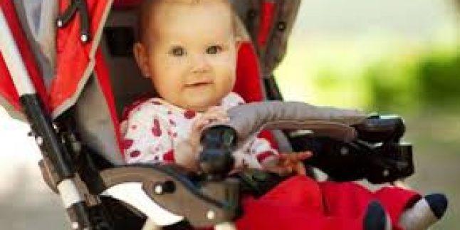 Bebekler için Arabada Neler Bulunmalı?
