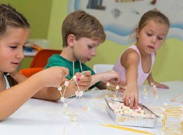 Çocuklara Ders Çalışmayı Sevdiren Eğlenceli Materyaller