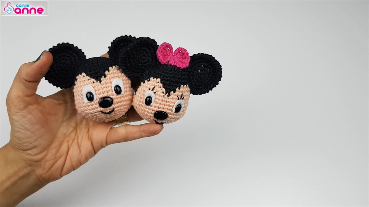 Mickey Mouse Bonnie - Crochet Pattern » No.1 By HavvaDesigns | 720x1280